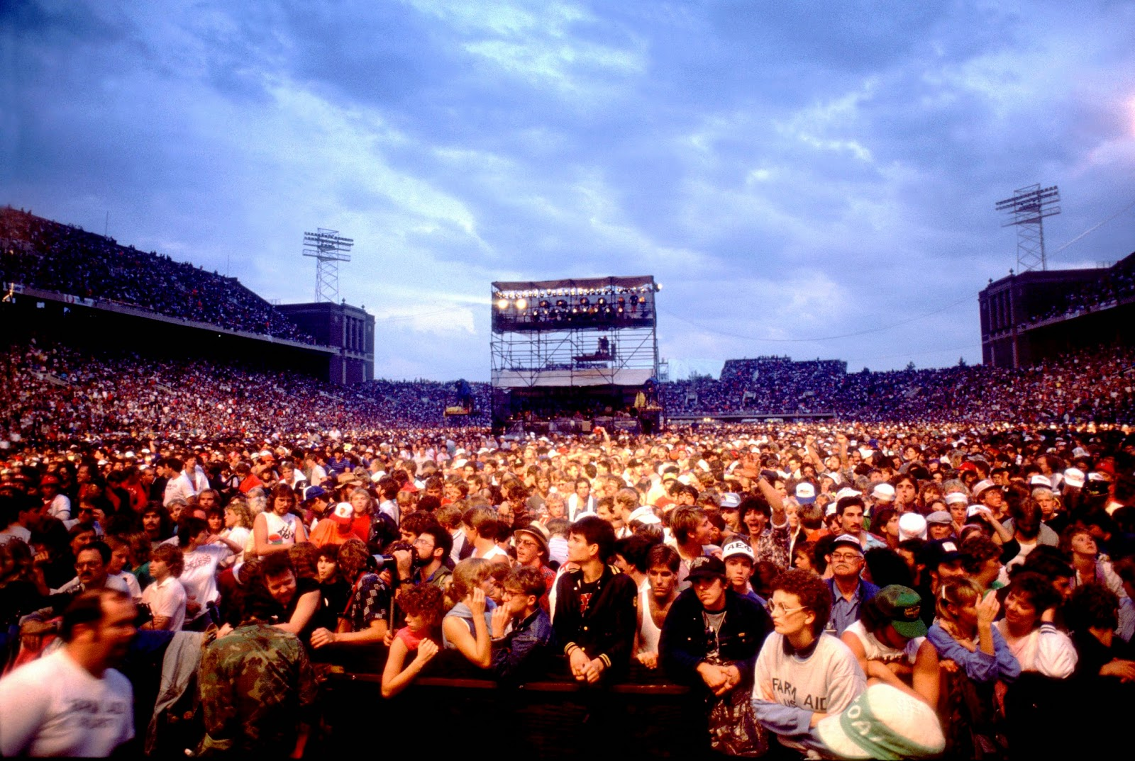 Farm Aid 1985 Crowd