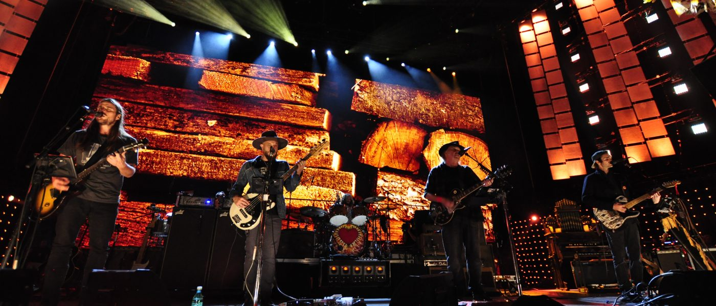 Neil Young & Promise of the Real performing at Farm Aid 2018